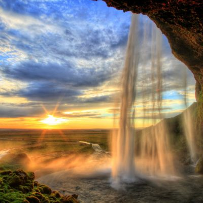 1. This is what the sunset looks like in Iceland